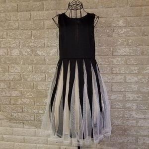 Very cute formal dress